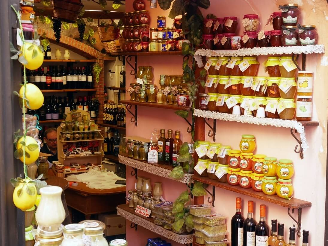 food-related things to buy in Palermo