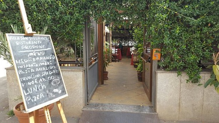 Villa San Giovnni degli Eremiti restaurant in palermo
