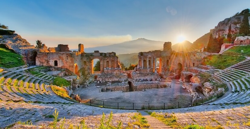 taormina famous tourist sites to visit